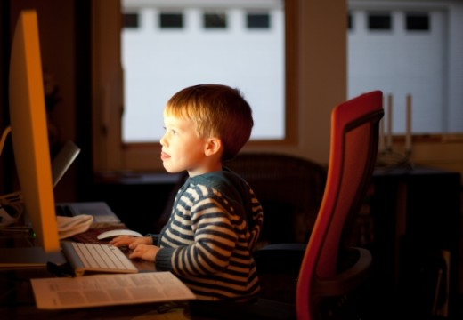 How Young is Too Young for Unsupervised Internet Surfing?