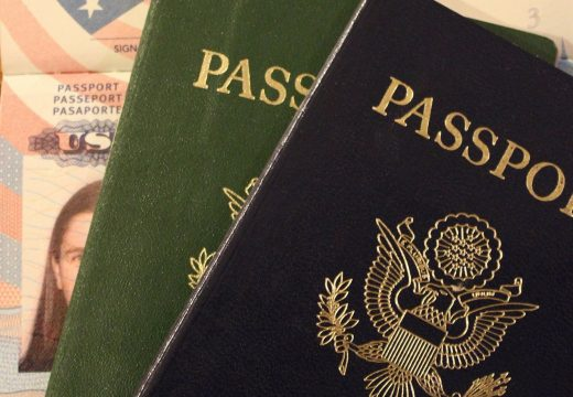 No More Entry for Travelers in the US without Their Facebook and Twitter Accounts Being Scrutinized