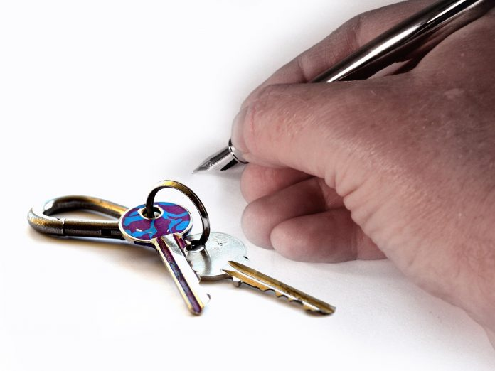 Why Hire Tenant Screening Service Provider