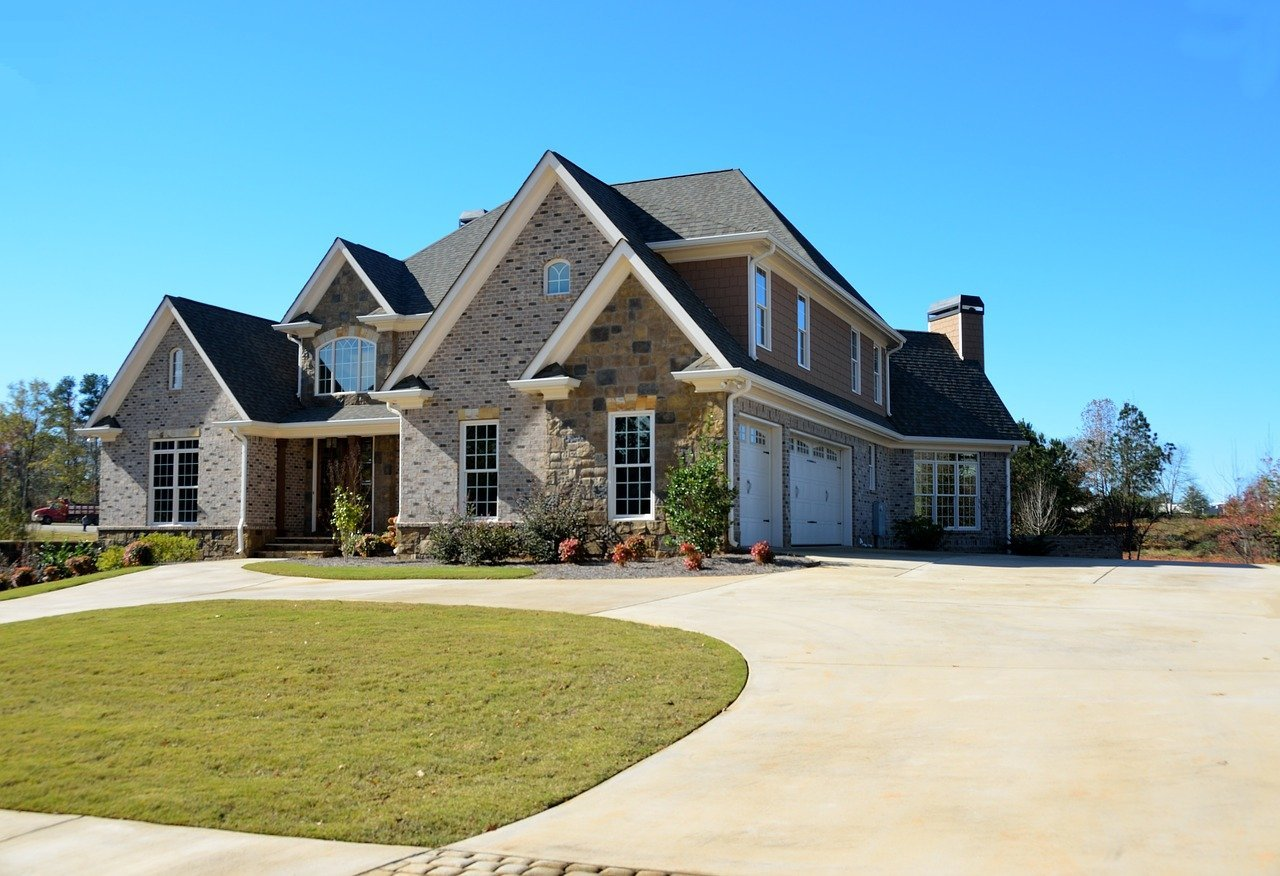 Luxury home - Looking beyond conventional mortgage financing home buyers can evaluate more options