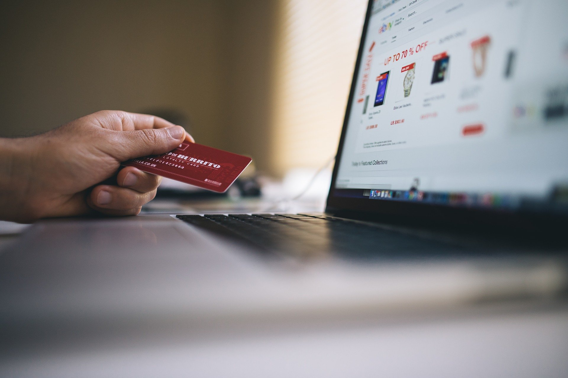 7 Critical Skills For Running a Successful E-Commerce Business